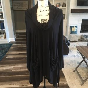 Chelsea and Theodore Black Tunic